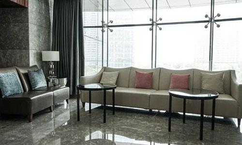vân đá hoa cương đen bóng kính Đồng Tâm này mang đến cho không gian khách sạn vẻ đẹp sang trọng, cao cấp và đẳng cấp