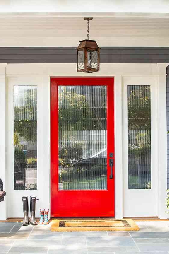 màu sơn cửa đẹp, cửa gỗ màu đỏ