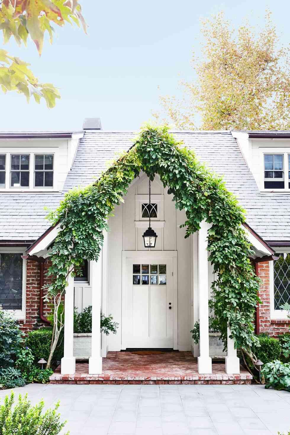 màu sơn cửa đẹp, cửa gỗ màu trắng