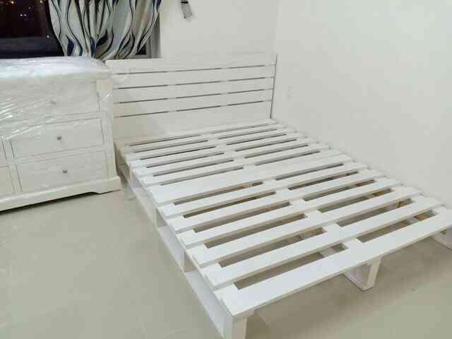 cách lắp đặt giường pallet