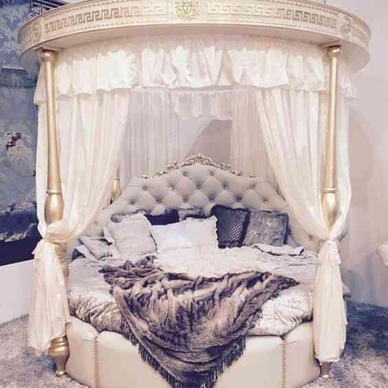 giường tròn có rèm