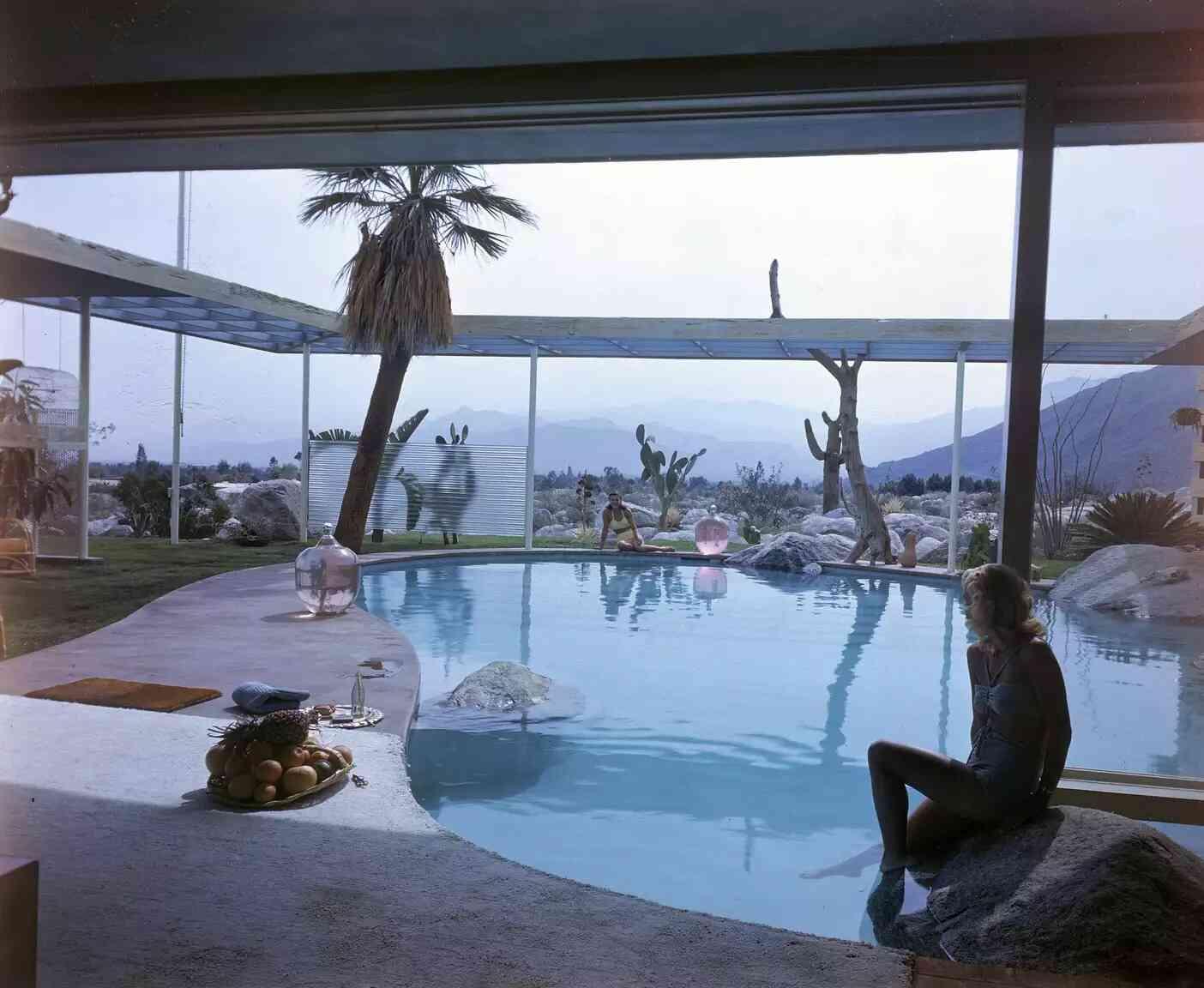 biệt thự có hồ bơi trong nhà, thiết kế hồ bơi mini trong nhà phố
