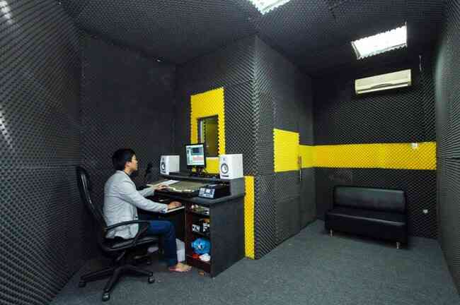 phòng thu âm, studio, Mút xốp cách âm cho phòng thu Studio