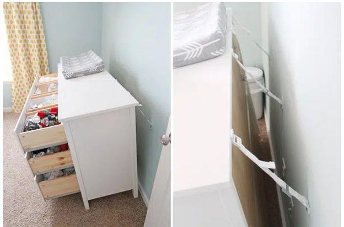 chốt an toàn cho tủ đồ