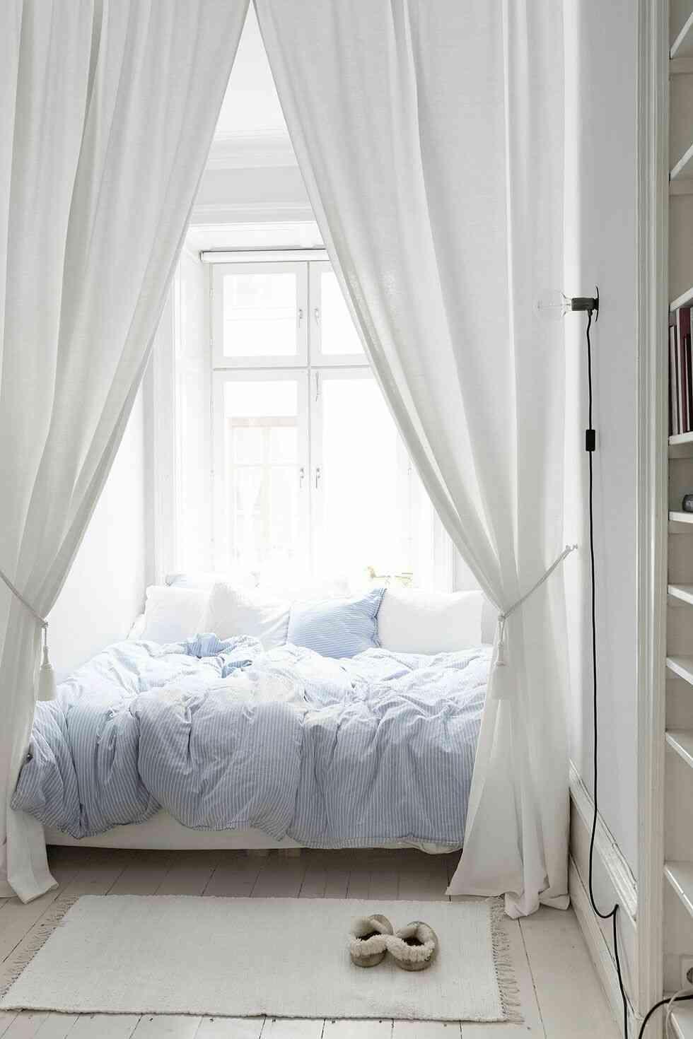 trang trí phòng ngủ đẹp, rèm trắng