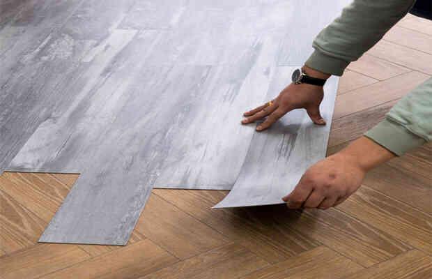 tự dán giấy dán nền nhà, dán sàn nhựa giả gỗ đẹp