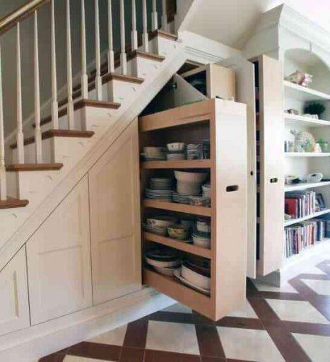 Ý tưởng tủ bếp dưới gầm cầu thang