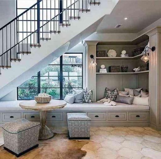 Phòng ngủ dưới gầm cầu thang
